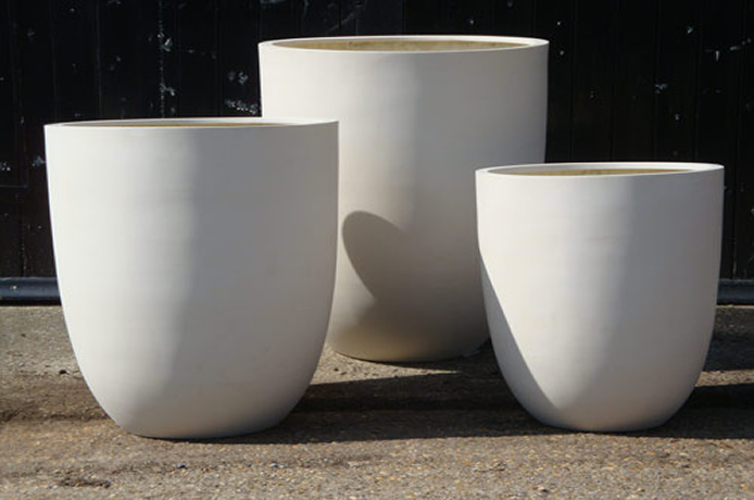 Large Garden Planters Bespoke Planters Troughs Pots The Red